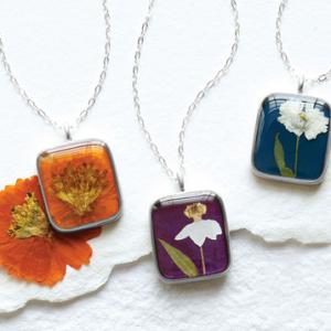 Birth-Month-Flower-Necklace